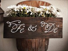 Wedding custom sign     #Casamento, #FestadeCasamento #DecordeCasamento #Noivos #CerimonialdeCasamento #Ceremony #Weddingideas #wedding #weddingdecor #weddingsign #bridegroom #weddingparty, #noivanoivo