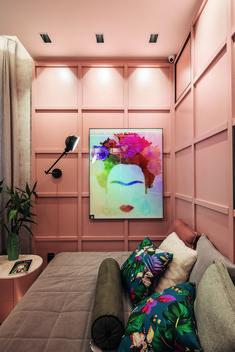• Projeto: Gabriela Pires • Produtos Stella: Square Angle MR16 40° (STH8975BR/PTO). Flat Screen, Instagram, Home, Baby Room Girls, Line, Products, Frida Kahlo, Spring, Blood Plasma