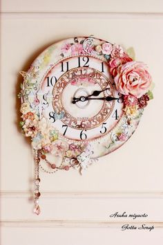 Gotta Scrapcards: gorgeous shabby chic clock