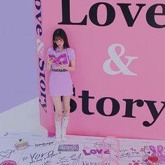 My Girl, Cool Girl, Cute Posts, It's Going Down, K Beauty, Seulgi, Sims, Nct, Kpop