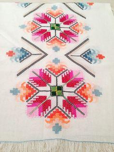 The most beautiful cross-stitch pattern - Knitting, Crochet Love Cross Stitch Letters, Cross Stitch Borders, Cross Stitch Samplers, Modern Cross Stitch, Cross Stitch Flowers, Cross Stitch Designs, Cross Stitching, Stitch Patterns, Folk Embroidery