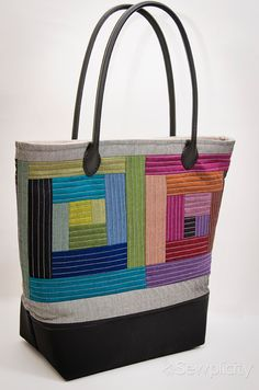 Oakshott Lipari Patchwork Tote Challenge + Giveaway ~ Jennifer from Sewplicity - Sew Mama Sew Quilted Tote Bags, Patchwork Bags, Next Bags, Fabric Bags, Fabric Basket, Purse Patterns, Sewing Patterns, Denim Bag, Handmade Bags