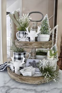 Farmhouse Christmas Decor, Rustic Christmas, Christmas Home, Christmas Crafts, Christmas Kitchen, Christmas Ideas, Christmas Ornaments, Decoration Table, Tray Decor