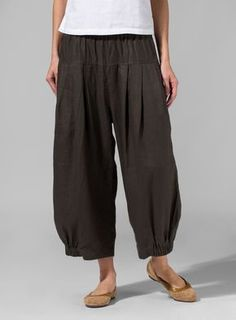 Linen Harem Pants | Lounge in style with this soft linen fabrication which drapes over the contours of the body to a loose,straight relaxed fit.