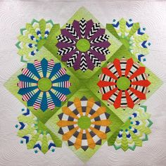 Kathleen's Modern Dresden Plate, longarm quilting by Gina Beans Quilts … Longarm Quilting, Free Motion Quilting, Machine Quilting, Quilting Projects, Quilting Designs, Dresden Quilt, Dresden Plate Patterns, Quilt Patterns, Circle Quilts