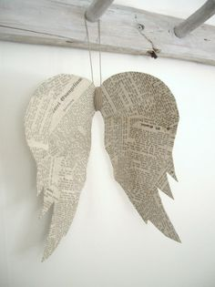 cute angel wings.... wouldn't these be sweet hanging on the tree or anywhere you want