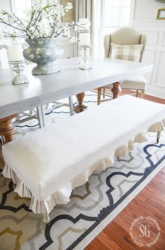 If you can sew a straight line, YOU CAN make this! Reupholster Furniture, Furniture Slipcovers, Slipcovers For Chairs, Furniture Making, Diy Furniture, Drop Cloth Slipcover, Furniture Design, Concrete Furniture, Chair Cushions