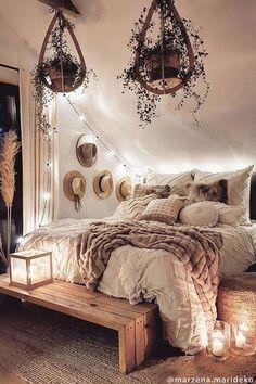 Cute Bedroom Decor, Bedroom Decor For Teen Girls, Room Design Bedroom, Room Ideas Bedroom, Small Room Bedroom, Home Bedroom, Attic Bedroom Designs, Bohemian Bedroom Decor, Bedrooms