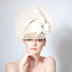 Una- Floral Mesh Disc with Angular Feather & Twist