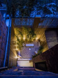 Private sunken courtyards allow light to penetrate into the highly-utilized basement area.