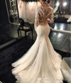 2016 New Elegant Vintage Mermaid Wedding Dresses V Neck Long Sleeve With Lace Applique Sweep Train Bridal Gown Luxury