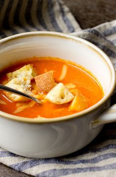 Roasted Red Pepper and Gouda Soup - THE GOURMET GOURMAND