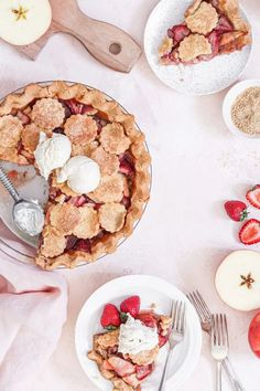 Strawberry Apple Paleo Pie | The Nourished Mind Processed Sugar, Grass Fed Butter, Healthy Eating Recipes, Fruit And Veg, Food Heaven, Dessert Recipes, Desserts, Nutrition Tips, International Recipes