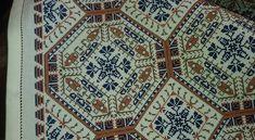 Bohemian Rug, Cross Stitch, Rugs, Home Decor, Farmhouse Rugs, Punto De Cruz, Decoration Home, Room Decor, Seed Stitch