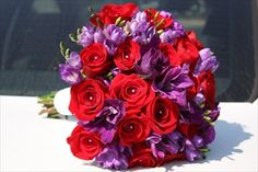 wedding colors purple and red (ha! see! i'm not the only one who did that!!!!!)