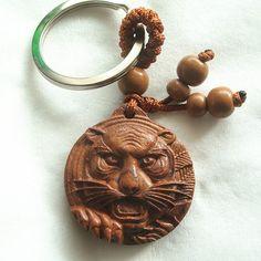 zodiaco tigre legno di ciliegio intaglio artigianato cinese