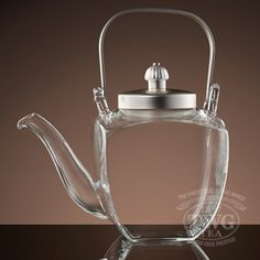 French teapot designed especially for fine harvest rare and hand crafted teas ~ TWG Tea Twg Tea, Teapot Design, Teapots Unique, Glass Teapot, Cuppa Tea, Teapots And Cups, Tea Art, Tea Service, My Cup Of Tea