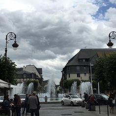 Sous les nuages exactement #Deauville #Normandie