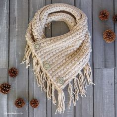 This pattern is part of the Fall 2017 Malia CAL (Crochet-Along). To view the other patterns in this collection (including a beanie, slouch, and infinity scarf), please visit the Malia CAL Homepage. The fourth pattern in the Malia CAL is a boho-style buttoned cowl! Worked flat, this beau