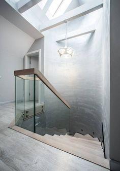 schody drewniane (do BRODA schody-dywanowe)