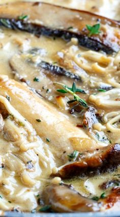 Creamy Brie Mushroom Sauce Recipe : A creamy mushroom sauce made even creamier with brie that is perfect on everything from pasta to steaks to veggies! Creamy Mushroom Soup, Creamy Mushrooms, Mushroom Sauce, Mushroom Recipes, Italian Pasta Recipes, Italian Dishes, Porcini Mushrooms, Stuffed Mushrooms, Homemade Cheese Sauce