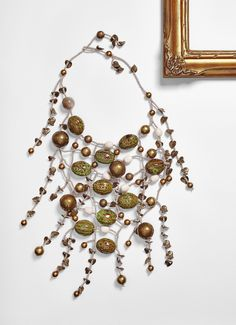 #loranikolova #bijoux&art #necklace #colors #art #madeinitaly #ethnochic #style News Fashion, Ornament Wreath, Drop Earrings, Beads, Bracelets, Milano, Jewelry, Decor, Style