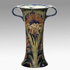 MOORCROFT vase, 1902