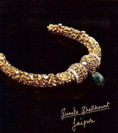 Mughal inspired beautiful #hasli by Sunita Shekhawat