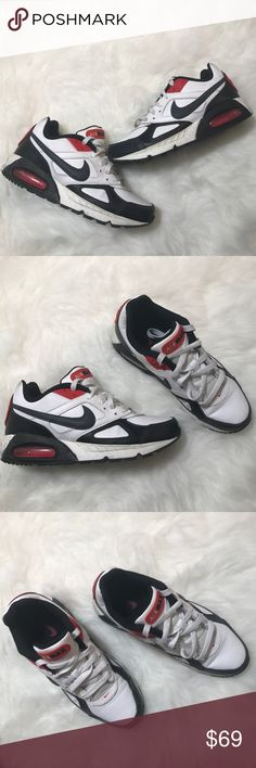 ❗️SALE❗️Nike air max shoes sneakers athletic new looking gorgeous shoes,excellent conditions size 7.5 Nike Shoes Athletic Shoes