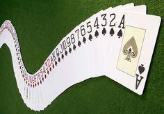 As cartas de jogar baralho e a sorte