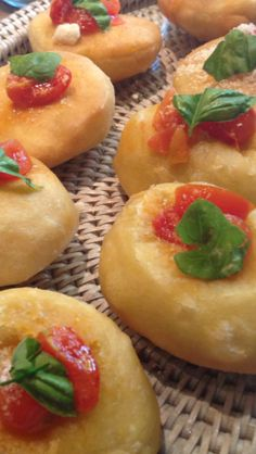 Fried Pizzelle!! Cantaloupe, Dinner Ideas, Fries, Villa, Eat, Recipes, Food, Style, Cooking