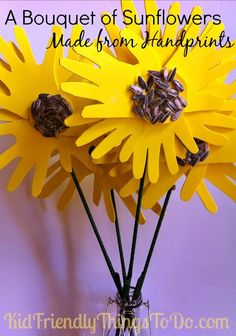 A Bouquet of Sunflowers Made With Handprints Craft is part of Flower crafts Handprint Oh my goodness! One of the sweetest bouquet of flower handprint crafts I& ever seen! Daycare Crafts, Classroom Crafts, Toddler Crafts, Summer Crafts, Fall Crafts, Summer Fun, Crafts To Do, Crafts For Kids, Flower Boquet