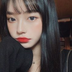 Image may contain: one or more people, selfie and closeup Korean Girl Photo, Cute Korean Girl, Cute Baby Girl Pictures, Girl Photos, Korean Beauty Girls, Asian Beauty, Cute Girl With Glasses, Girl Korea, Ulzzang Korean Girl