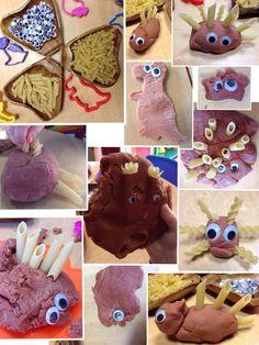 "Dinosaur dough with pasta & goggly eyes - from Rachel ("",) Eyfs Activities, Nursery Activities, Playdough Activities, Dinosaur Activities, Dinosaur Crafts, Dinosaur Party, Preschool Activities, Dinosaurs Preschool, Preschool Themes"