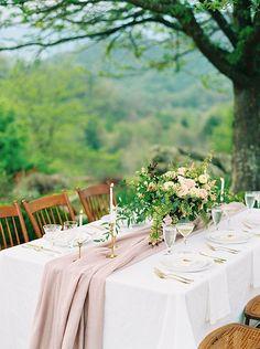 Romantic, Nature Driven Wedding Inspiration | Wedding Sparrow | Ashley Bosnick Photography