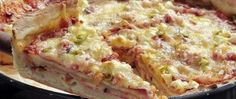 Recept Křupavá pizza Chicago Quiche, Macaroni And Cheese, Chicago, Pizza, Breakfast, Ethnic Recipes, Food, Morning Coffee, Mac And Cheese