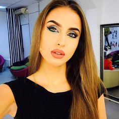 Make Up, Wallpapers, Phone, Telephone, Makeup, Wallpaper, Beauty Makeup, Mobile Phones, Bronzer Makeup