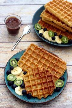 Vegan waffle – gluten-free – Amandine Cooking – About Healthy Desserts Waffle Recipes, Oatmeal Recipes, Brunch Recipes, Sweet Recipes, Breakfast Recipes, Vegan Recipes, Dairy Free Waffles, Gluten Free Pancakes, Gluten Free Menu