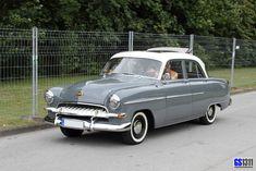 1953 Opel Käptn 54 Maintenance/restoration of old/vintage vehicles: the ma Buick, Vintage Cars, Antique Cars, Old Fashioned Cars, Fast Cars, Old Cars, Car Pictures, Jaguar, Cars And Motorcycles
