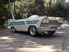 Plymouth  Carreola Fibra de vidrio  Esmenjaud retro $6900