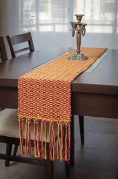 Textiles, Weaving Projects, Loom Weaving, Table, Pants For Women, Room Decor, Rugs, Handmade, Inspiration