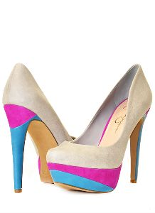 I'm in love with Jessica Simpson shoes!