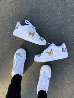 Custom Nike Shoes with beautiful colorful butterflies handmade with love! All Nike Shoes are 100 authentic and brand new with tags ✔️ we sell many more custom shoes on our website. Click the link below 👇🏻 All Nike Shoes, White Nike Shoes, Hype Shoes, Running Shoes, Custom Painted Shoes, Custom Shoes, Af1 Shoes, Butterfly Shoes, Nike Shoes Air Force