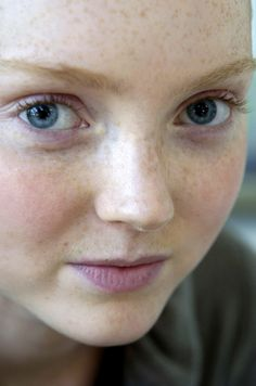 Lily Cole - no makeup beautiful