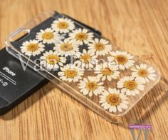 Hey, I found this really awesome Etsy listing at https://www.etsy.com/listing/191616951/pressed-flower-case-daisy-sunflower
