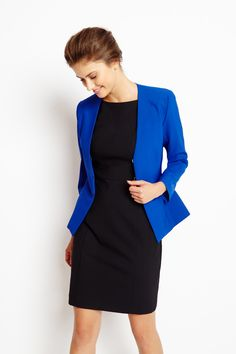 The sleek lines of the Houston Blazer will transform any outfit. Its slim fit and ultra-flattering seams featuring hidden pockets make this collarless blazer a contemporary wardrobe essential. Business Dresses, Business Outfits, Office Outfits, Business Fashion, Work Outfits, Stylish Outfits, Royal Blue Blazers, Black Blazers, Work Fashion