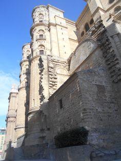 Balcones de los torreones de la fachada sur