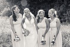 Bridemaids Chuckle!