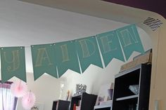 Aiden's Party: DIY Birthday Banner - Shoes Off Please