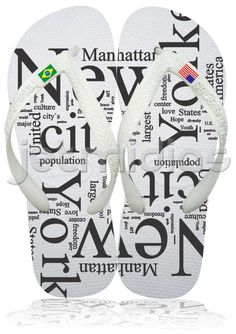 1dd418e6ed456 Love the 2 different flags on each foot. havaianas
